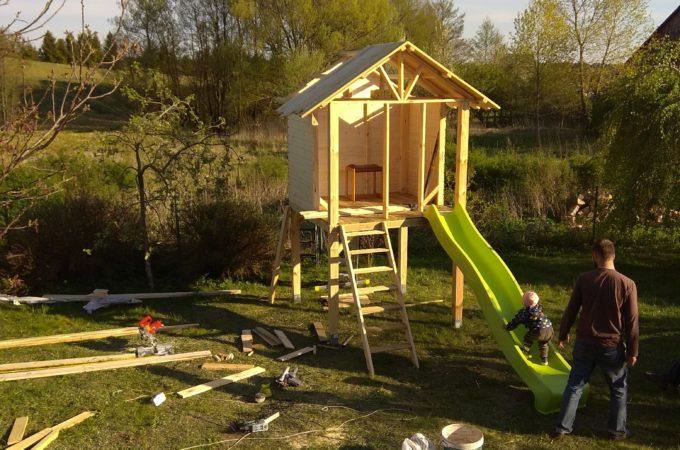 Budowa domku dla dzieci – część 3 (budowa)