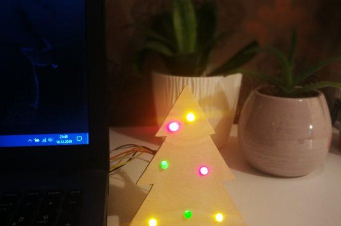 DIY świąteczna choinka – projekt arduino