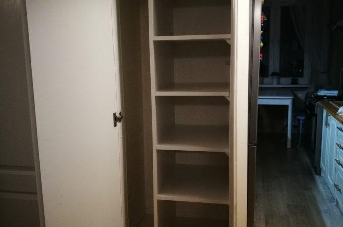 #czystyponiedziałek DIY organizacja przestrzeni do przechowywania w starej szafie