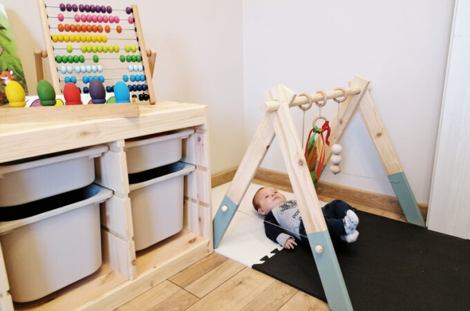 DIY montessori baby gym