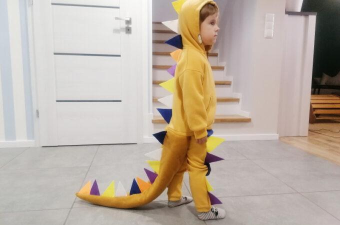 DIY strój karnawałowy: kostium dinozaura