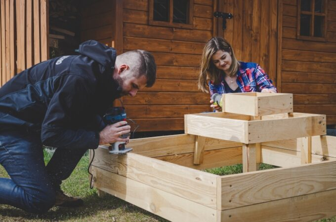 DIY: ogródek warzywny z zielnikiem