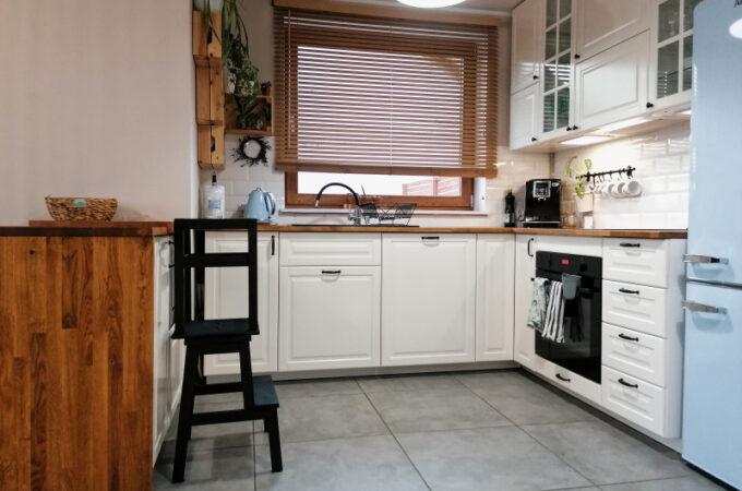 DIY: Pomocnik kuchenny dla dzieci (kitchen helper)